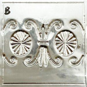 fleur-de-lis-variation-texture-plate -design-back-view-on-pewter