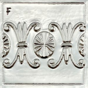 fleur-de-lis-variation-texture-plate-design-front-view-on-pewter