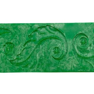 leaf-texture-plate-design-close-up